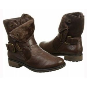 BareTraps Brown Leather Booties